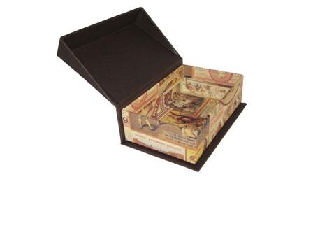 Caja con vuelo. 13x16x4 cm