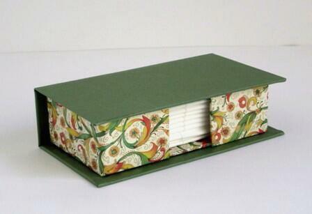 Caja para pañuelos de sobremesa. 11x6x3 cm
